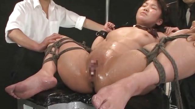 bdsm-s-aziatkami-porno