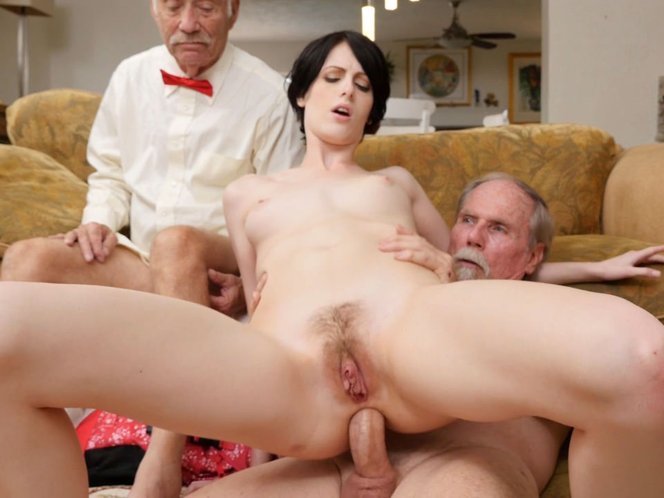 porno-starie-i-molodie-anal