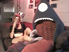 La Vore Girl makes First Contact!