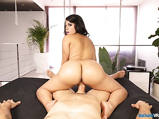 BaDoinkVR.com Big Ass Shake And Fuck By Busty Latina Kesha