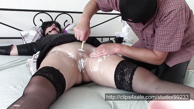 Shaving time (bondage, shaving pussy, licking and painful or