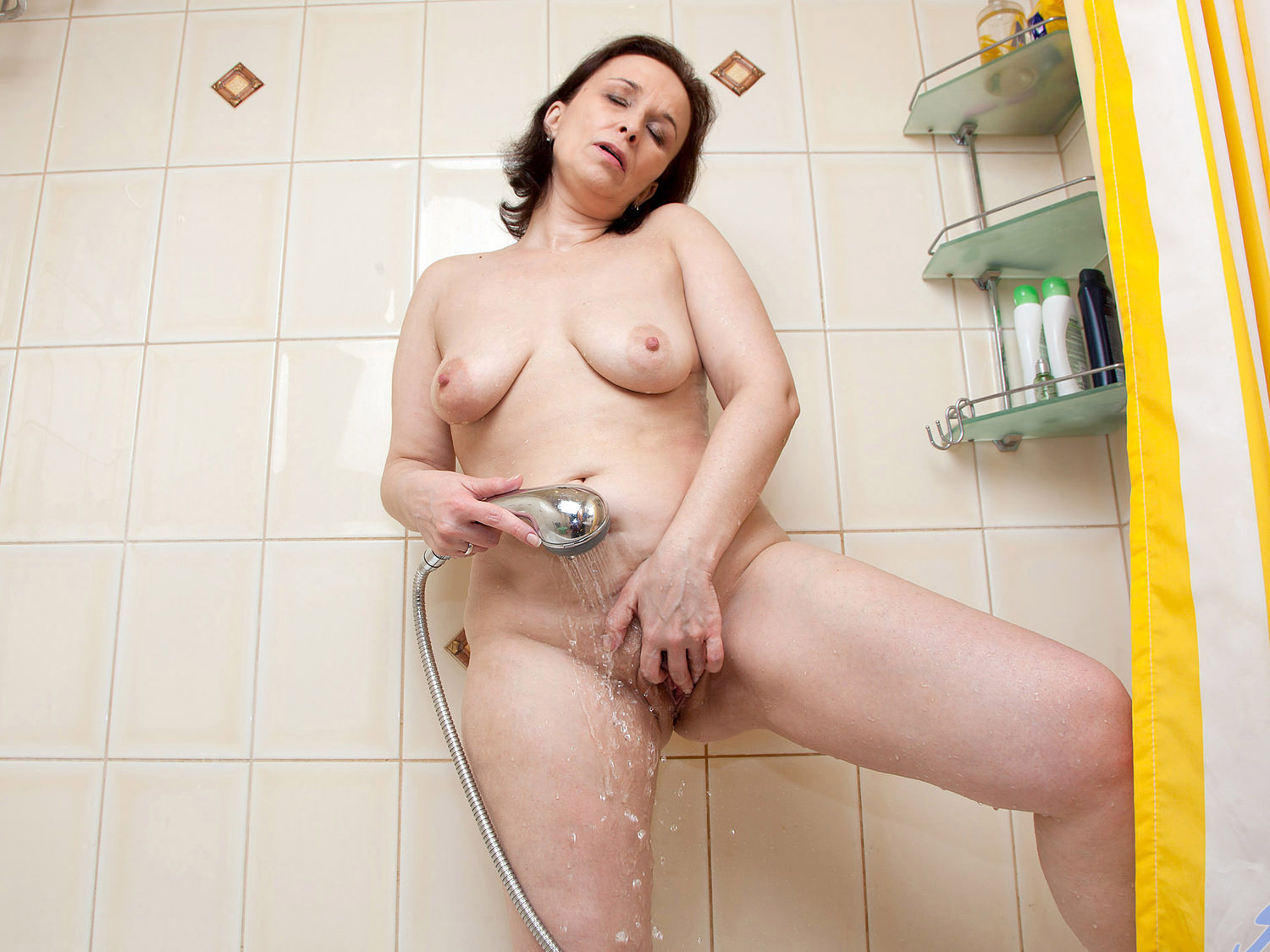 Sexy play shower