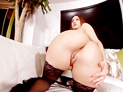 Leena Ray play with pussy in Virtual Reality
