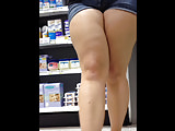 Thick-thighed Pawg Candid