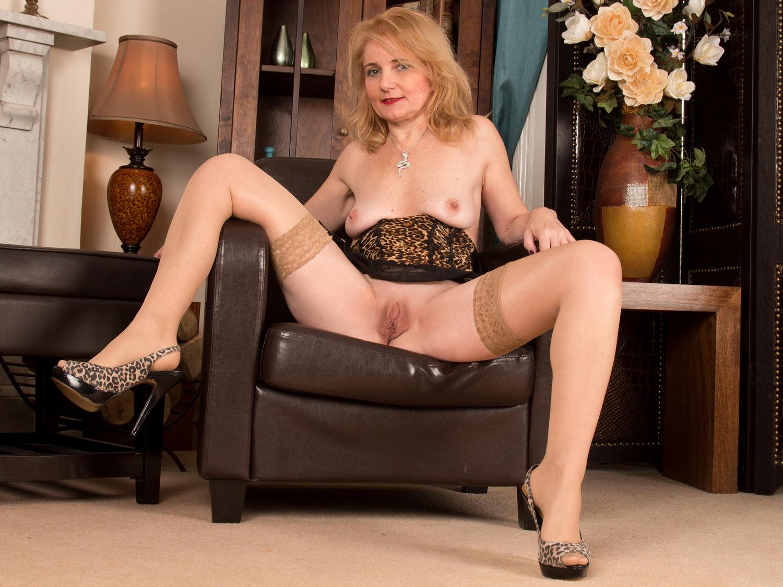 Granny n boy porn-6289