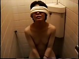 Japanese pussy pierced woman. Midnight toilet play.1