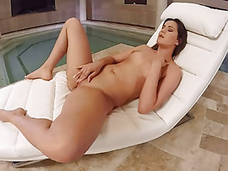 VirtualPornDesire - TV By The Pool 180 VR 60 FPS