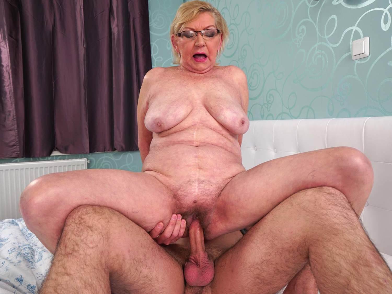 Desi nude big fussy
