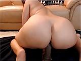 Hot Latina masturbates on webcam