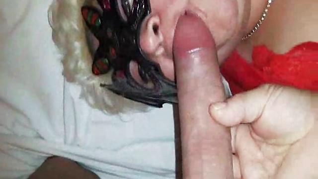 La zia rumena piace duro e grande in tutti i buchi