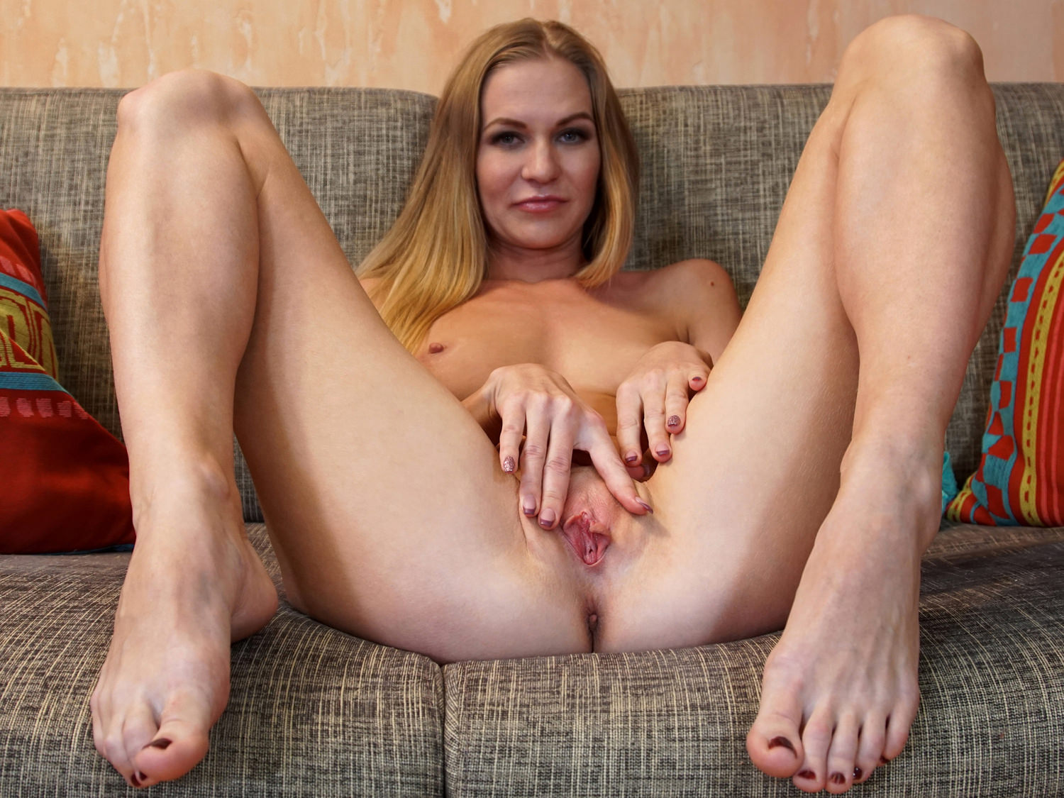 Mature self pleasure