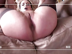 Curvy chick loves getting filmed while fucked