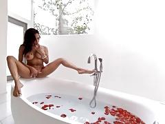 Virtual Reality - Bath masturbation with Hot Rose