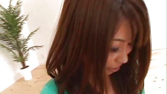 緑のミニ高坂アジアギャル乳性交を与えるし、小娘を取得します