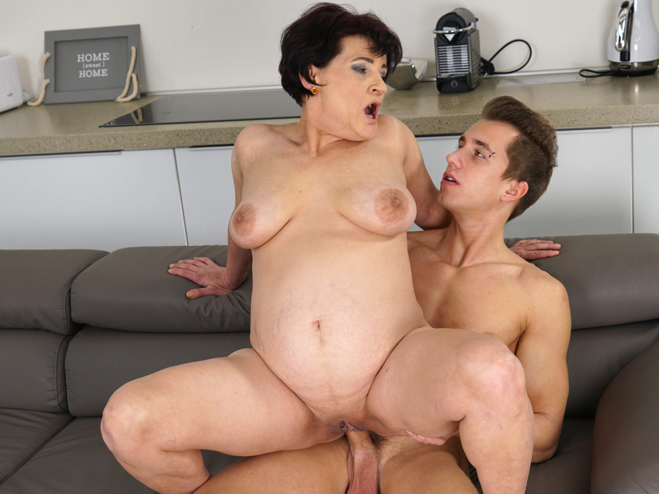cock in very wet old granny pussy