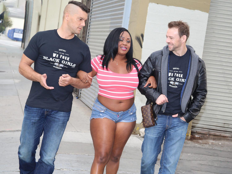 image Young ebony kendall woodz fucks white dick