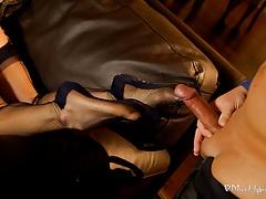 Nylon Foot Wank
