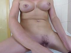 Pussy shaving