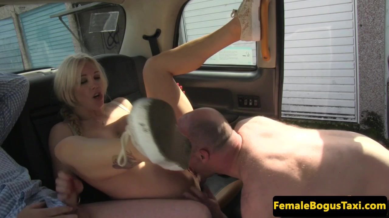 Bigtit mature cabbie spitroasted in taxi and facialized twice