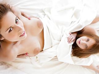 Hot Lesbians Antonia Sainz and Linda